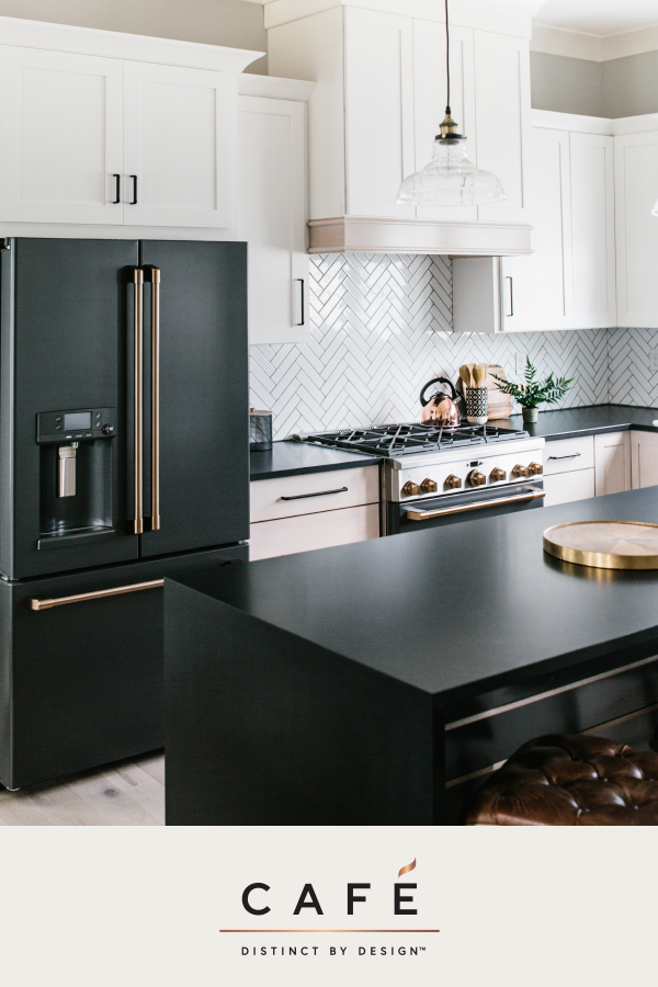 It S Time Appliances Had A Personality Yours Carley Page Photography Kitchen Designed By Gre Home Decor Kitchen Kitchen Remodel Black Appliances Kitchen