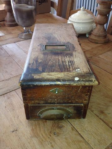 Beautiful Antique Vintage Wooden Till With Ringing Cash Drawer And