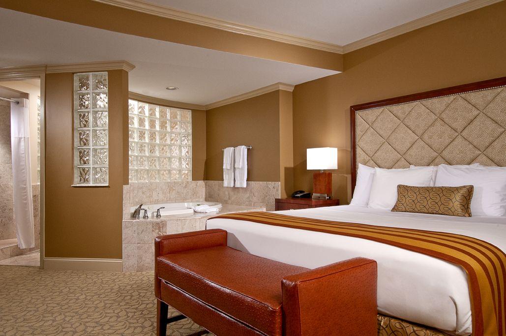 Hotel At Turning Stone Resort
