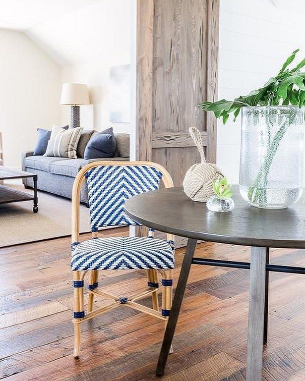 Always admire a good Parisian-style bistro chair. Appealing enough to use inside  we found a steal of a deal on this chevron beauty!  http://ift.tt/2FIytjI Design: @chadjamesgroup Photo: @alyssarosenheck #CopyCatChic