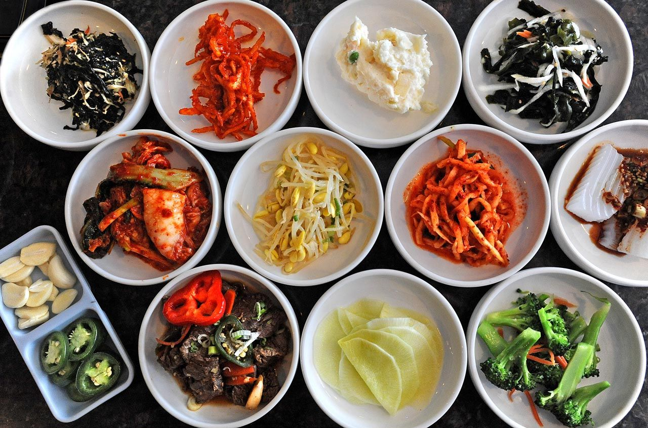 The Vegan Friendly Korean Cuisine That S Trending Right Now Korean Side Dishes Korean Food Side Dishes Korean Food
