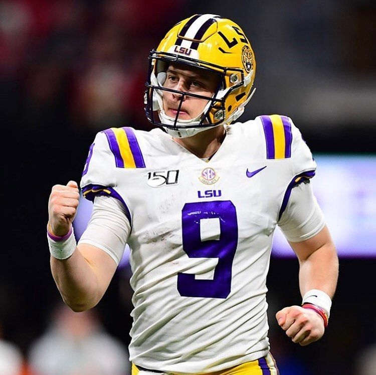 Lsu Football News On Instagram Joe Burrow Has Won The Maxwell Award As The College Player Of The Year En 2020