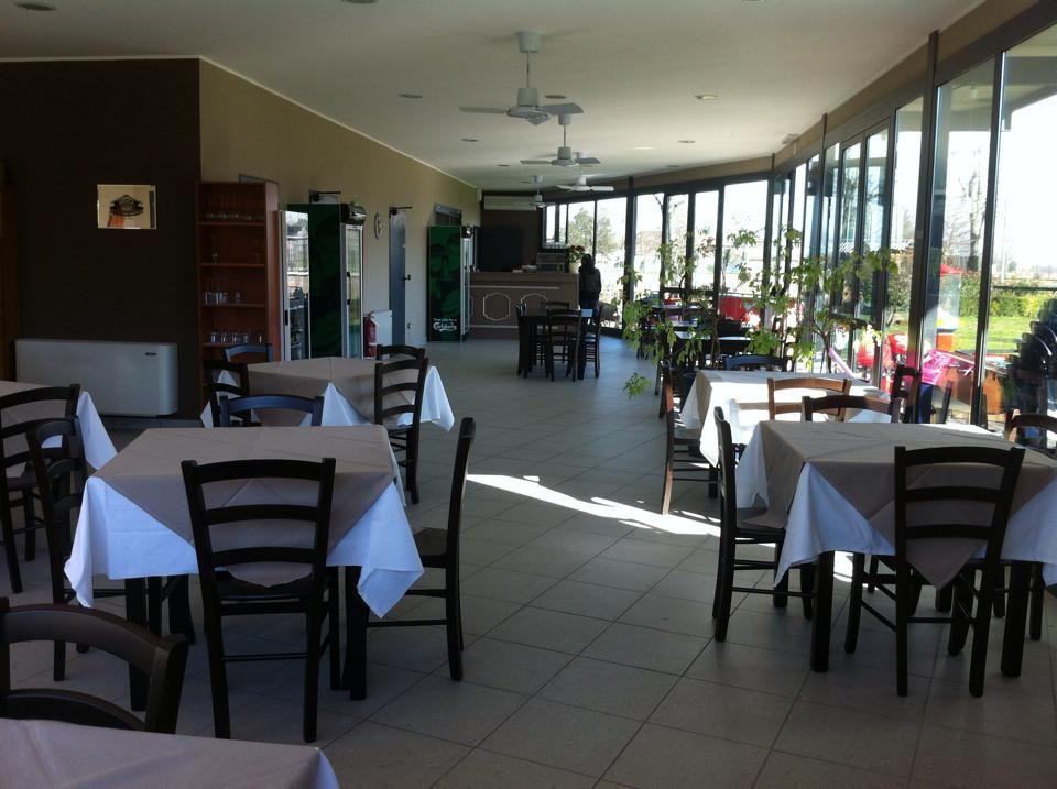 Allestimento ristorante marrabbio a vercelli tut for Arredamenti vercelli