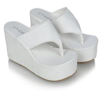 409a79da84c92e shoes Summer platform flip flops shoes female 2013 women s flip slippers  platform wedges slippers high heels