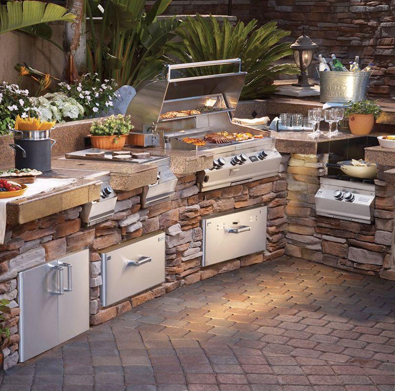 Custom Outdoor Kitchens Outdoor Kitchen Design Backyard Kitchen Modern Outdoor Kitchen