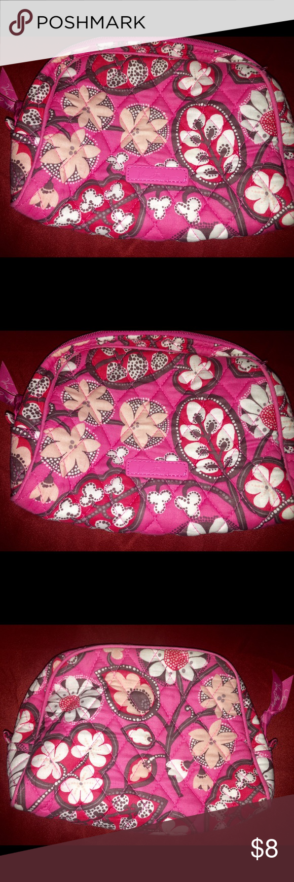 Pink Floral Vera Bradley Cosmetic Bag 🌺🌺🌺 Pretty Vera Bradley Pink Cosmetic Bag. 🌺🌺🌺 Vera Bradley Bags Cosmetic Bags & Cases