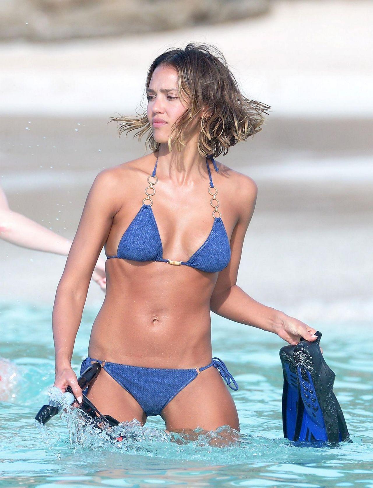 fat-camera-jessica-alba-bikini-pictures-carla-jiraldo