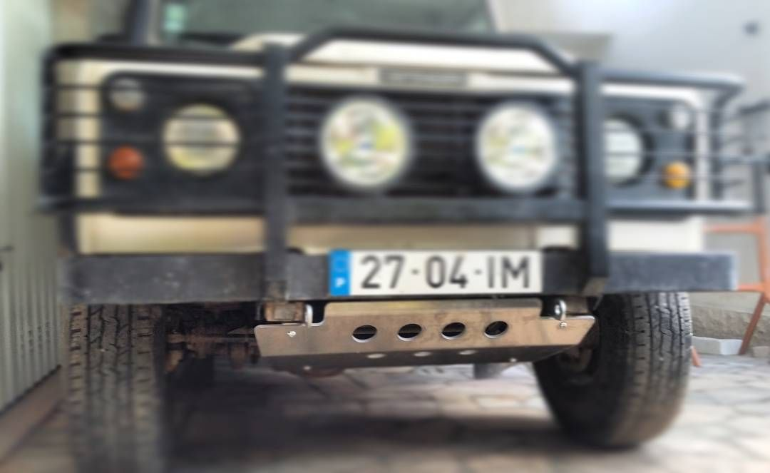 New underbody protection!!! #LandRover #LandRoverDefender #LandRoverDefender110 #Defender #Defender110 #300tdi #Gopro #BeAHero #goprooftheday by 27.04.im New underbody protection!!! #LandRover #LandRoverDefender #LandRoverDefender110 #Defender #Defender110 #300tdi #Gopro #BeAHero #goprooftheday