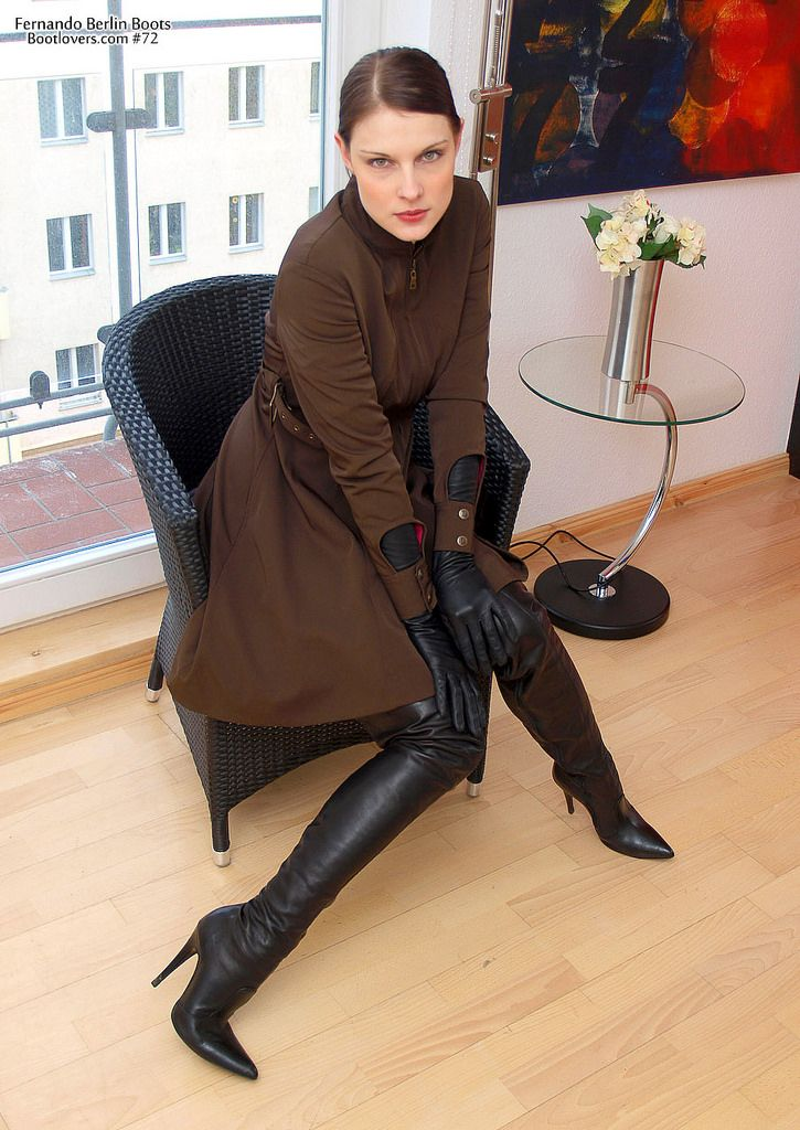 Fernando Berlin boots and opera gloves | Things to Wear ...