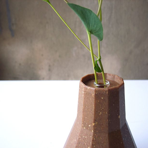 Diy Biodegradable Pots: Flower Vase Flips Into Biodegradable Planter
