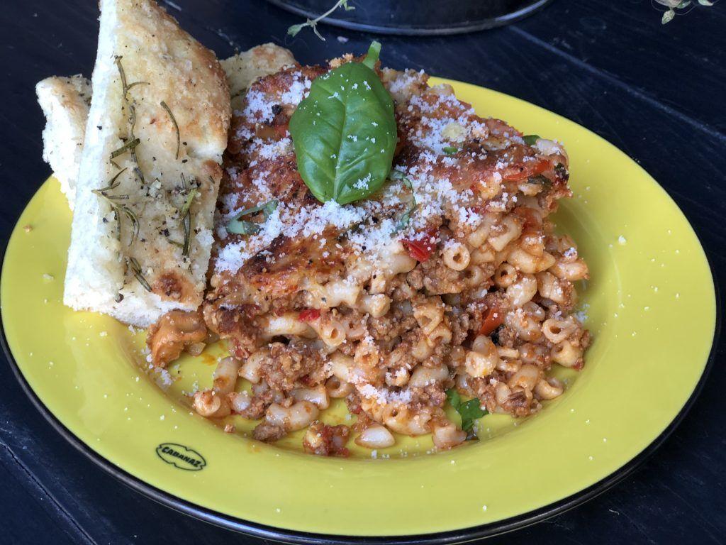recept macaroni met gehakt en tomatensaus