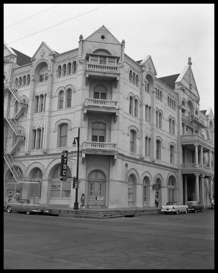 Driskill Hotel Austin Tx With Images Hotel Austin Hotels