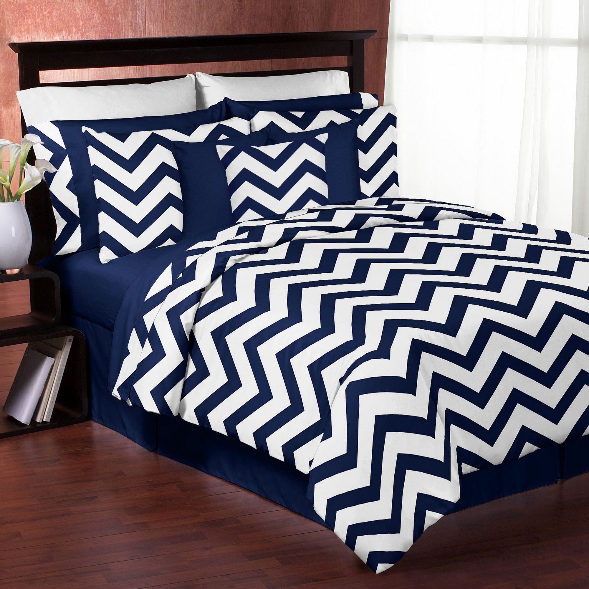 Sweet Jojo Designs Navy Blue And White Chevron 3 Piece
