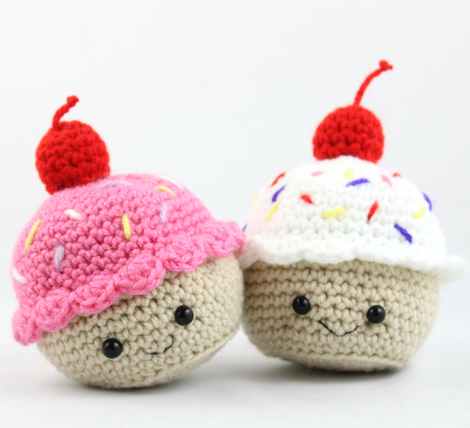 Cupcake Amigurumi - Free Crochet Pattern | Crochet dolls ...