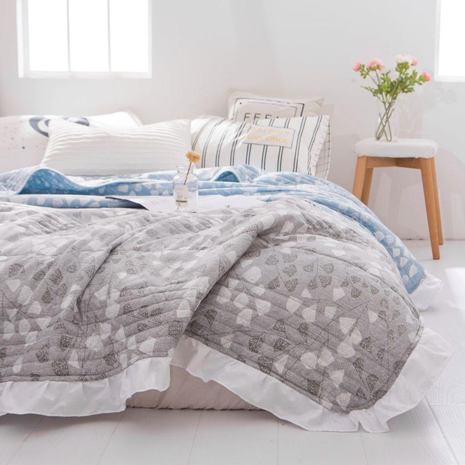 High Quality Summer Duvet Quilt Bed Summer Blanket Modern Decoration For Bedroom 1pc Summer Bed Cover Polyester Quee Quilted Duvet Summer Bedding Quilt Bedding