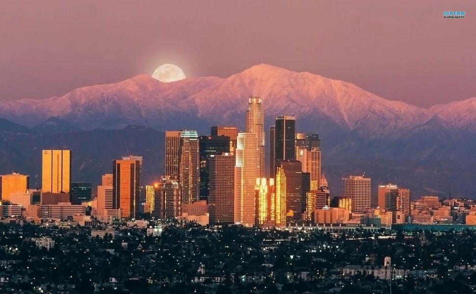 Los Angeles HD Wallpaper | Wallpapers | Gerard butler, Wallpaper, Butler
