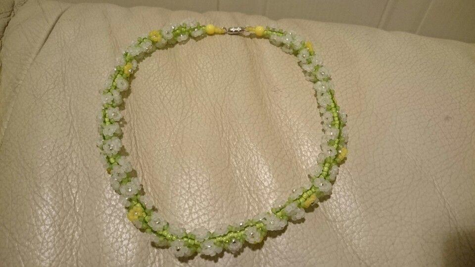 Spiral daisy chain