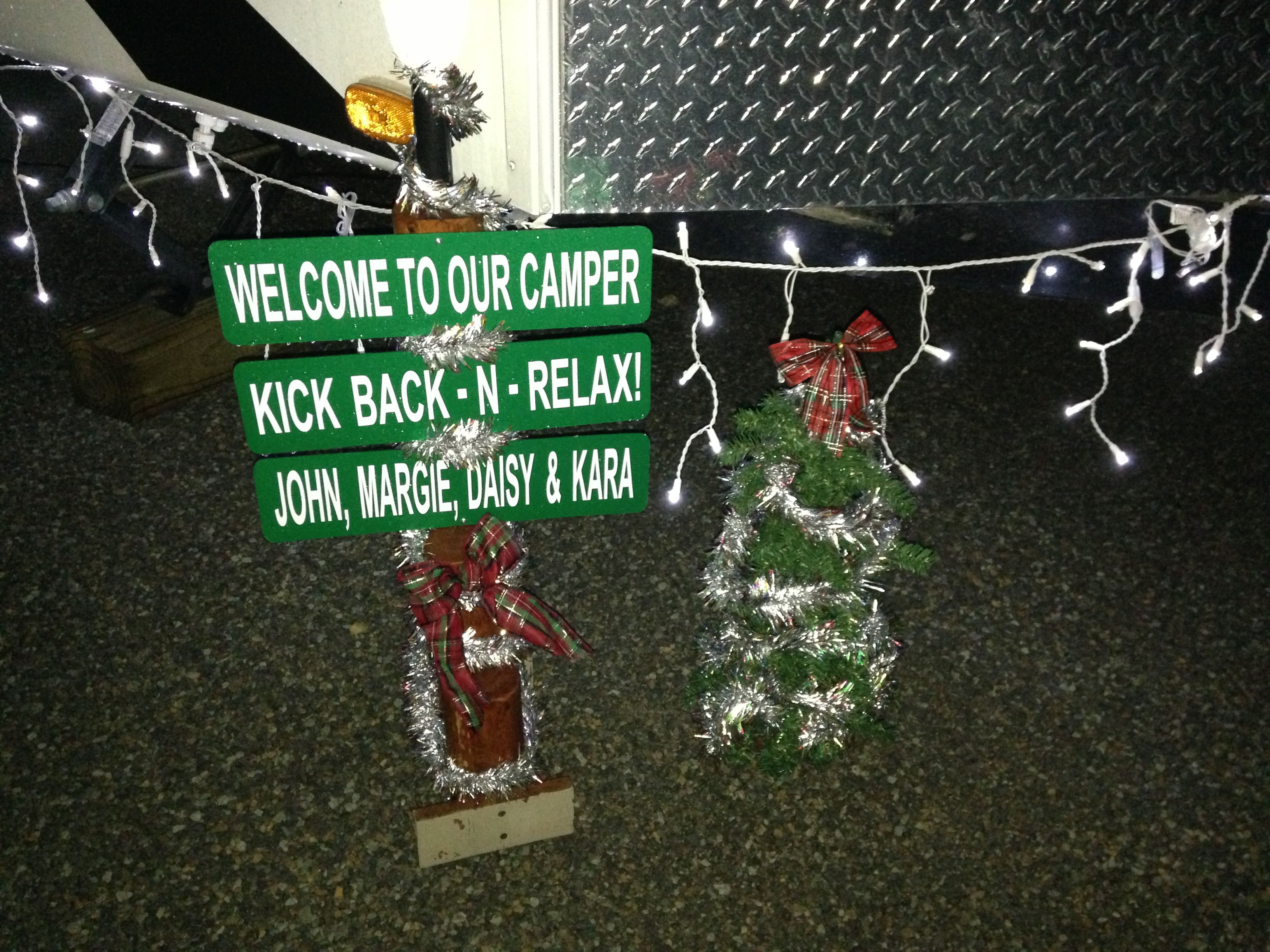 Camping christmas tree ornaments -  Christmas At The Rv Site Decorations Check Out Hartranchresort Com For The