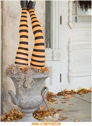 20 Super Scary Halloween Decorations Scary halloween, Scary and - halloween decoration outside