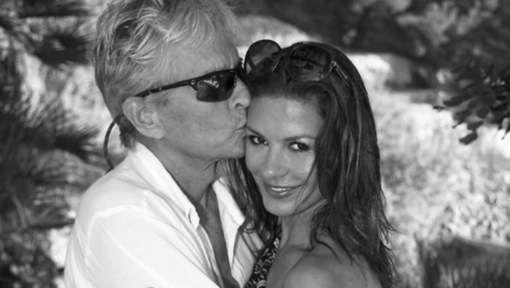 Hollywoodicoon Catherine Zeta-Jones (46) heeft manlief Michael Douglas (71) verrast met een romantisch kiekje op Instagram. De tortelduiven vierden ...