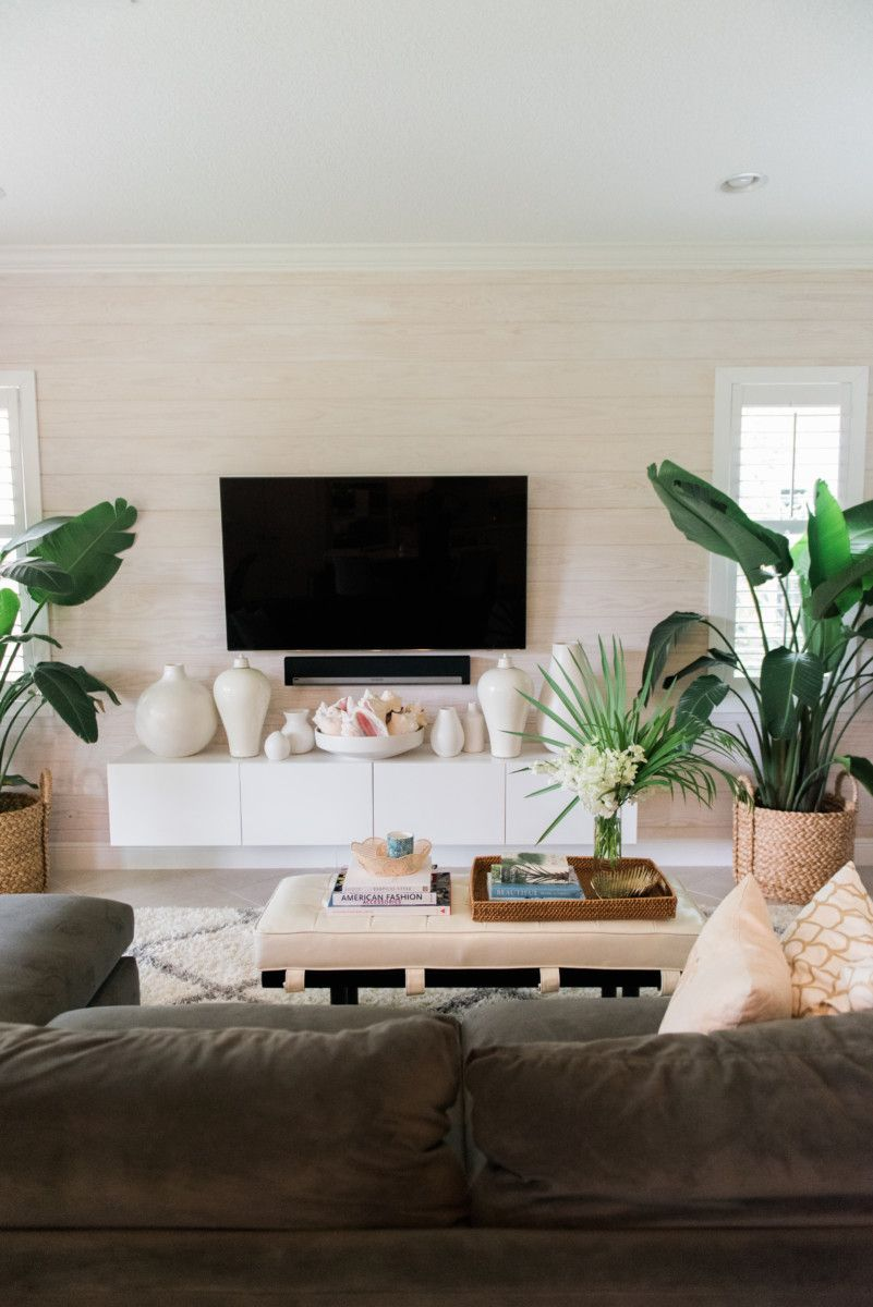 Palm Beach Lately Family Room Home Sweet Home Pinterest Palm  # Meuble Tv Swithome