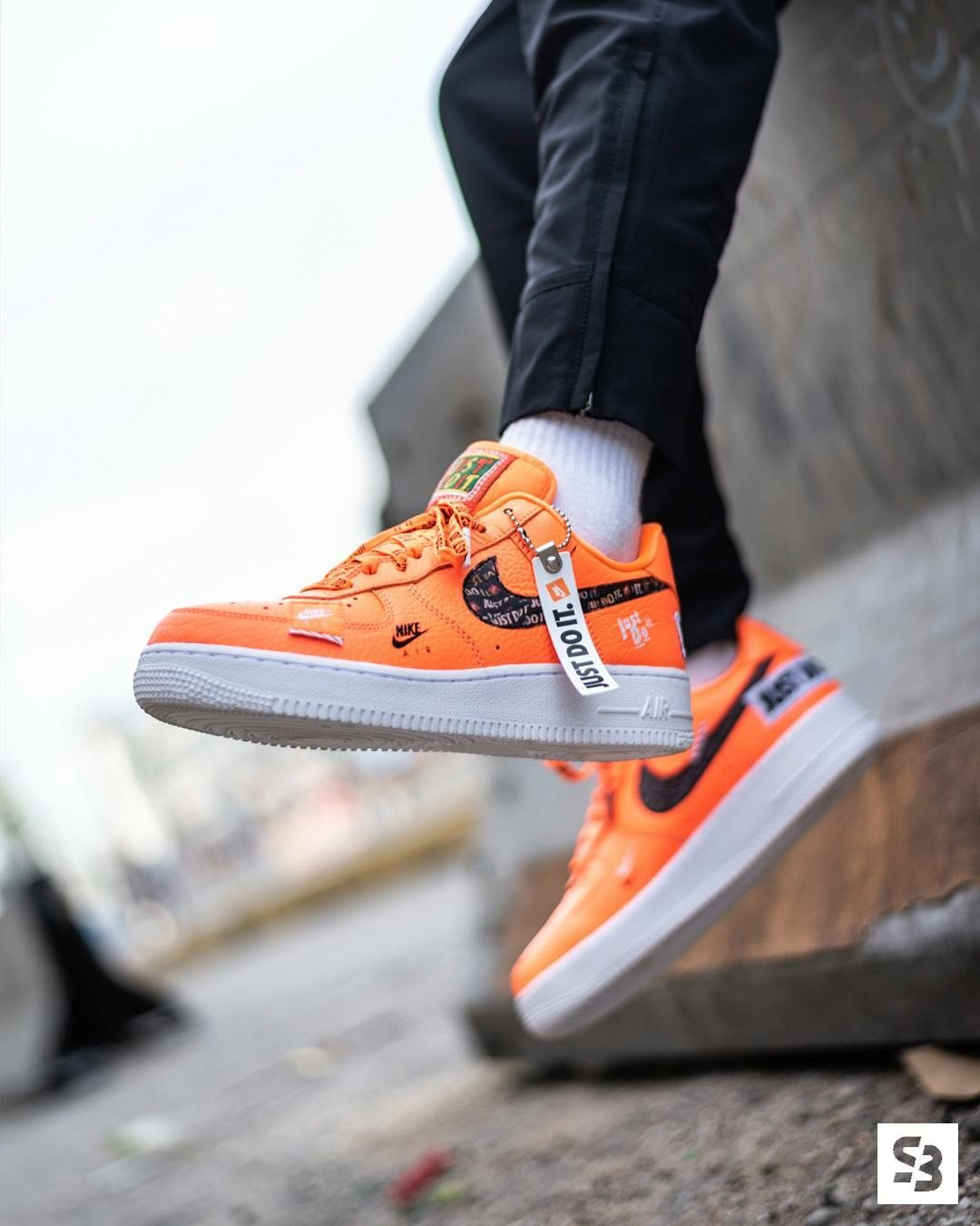 cheap for discount aacdc a790a Nike Air Force 1