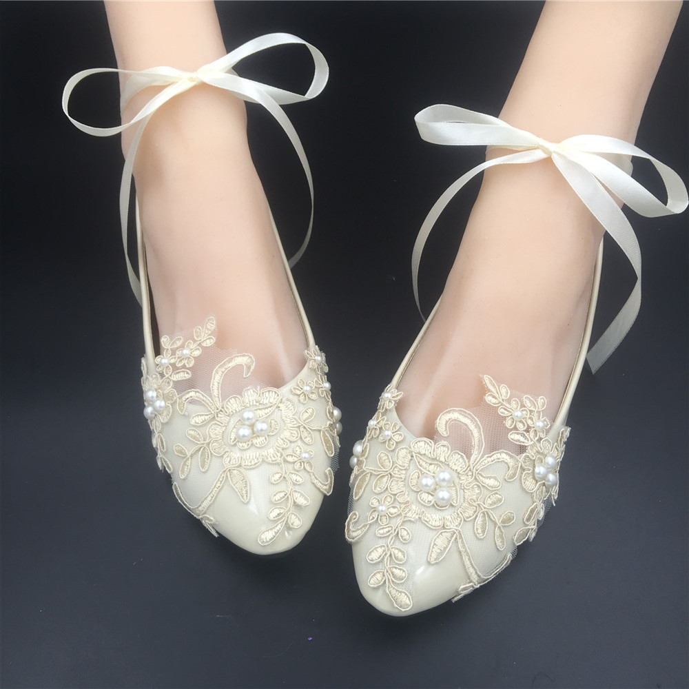 38.00$  Watch now - http://vizfz.justgood.pw/vig/item.php?t=439mvg9812 - Wedding shoes gold champagne Ribbons Ankle Strips Lace Bridal Ballet Flats Shoes