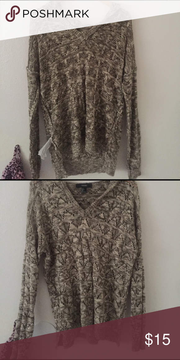 Lose knit hooded sweater Forever 21 loose net sweatshirt it's super cute and comfy!! Too big for me :) Sweaters Shrugs & Ponchos