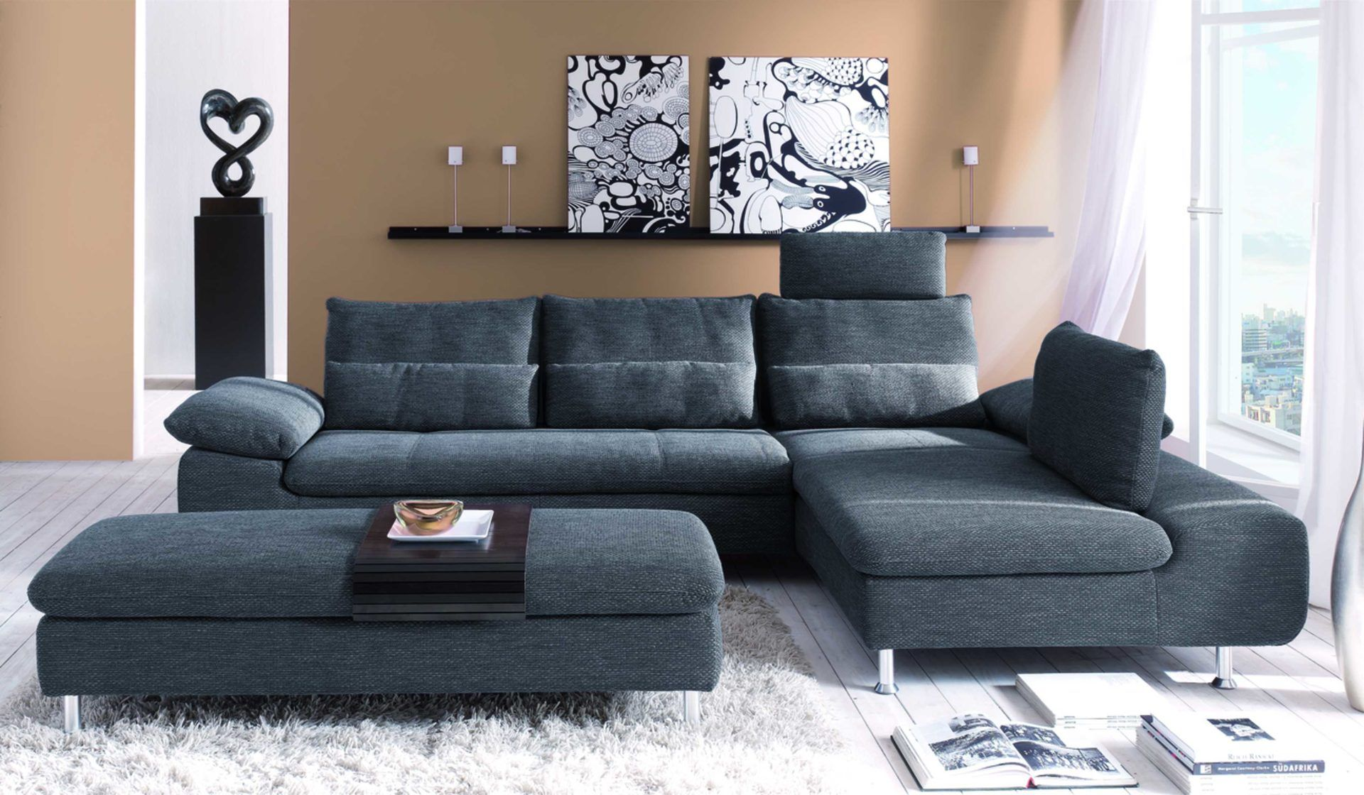 r ume wohnzimmer sofas couches eckcouch mit relaxverstellung f r entspanntes. Black Bedroom Furniture Sets. Home Design Ideas