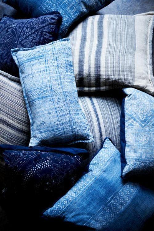 indigo dyed cotton pillows b l e u pinterest blau kissen und lieblingsfarbe. Black Bedroom Furniture Sets. Home Design Ideas
