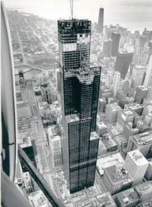 Sears Tower Construction. My dad was one of the Local 1 Ironworkers that took this beauty from the subfloo… | Chicago architecture, Chicago buildings, Chicago city