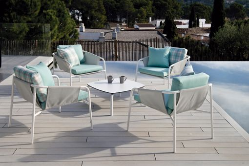 Calma Nua Outdoor Lounge Chairs, Here With Silver Grey Sling Mesh Fabric  Over Arms