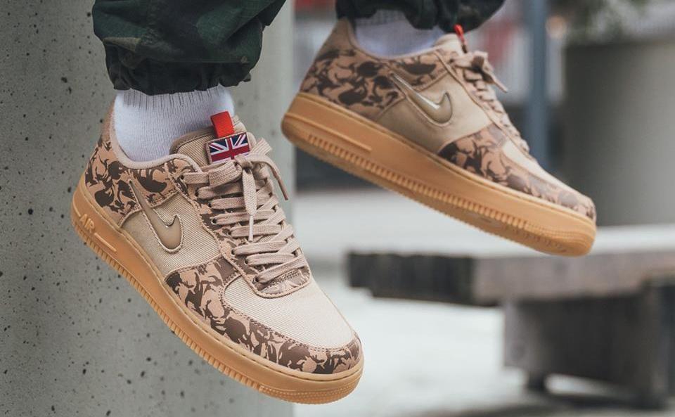 Nike Air Force 1 07 Hemp Military Brown