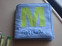 Tutorial: Soft fabric book for baby · Sewing | CraftGossip.com