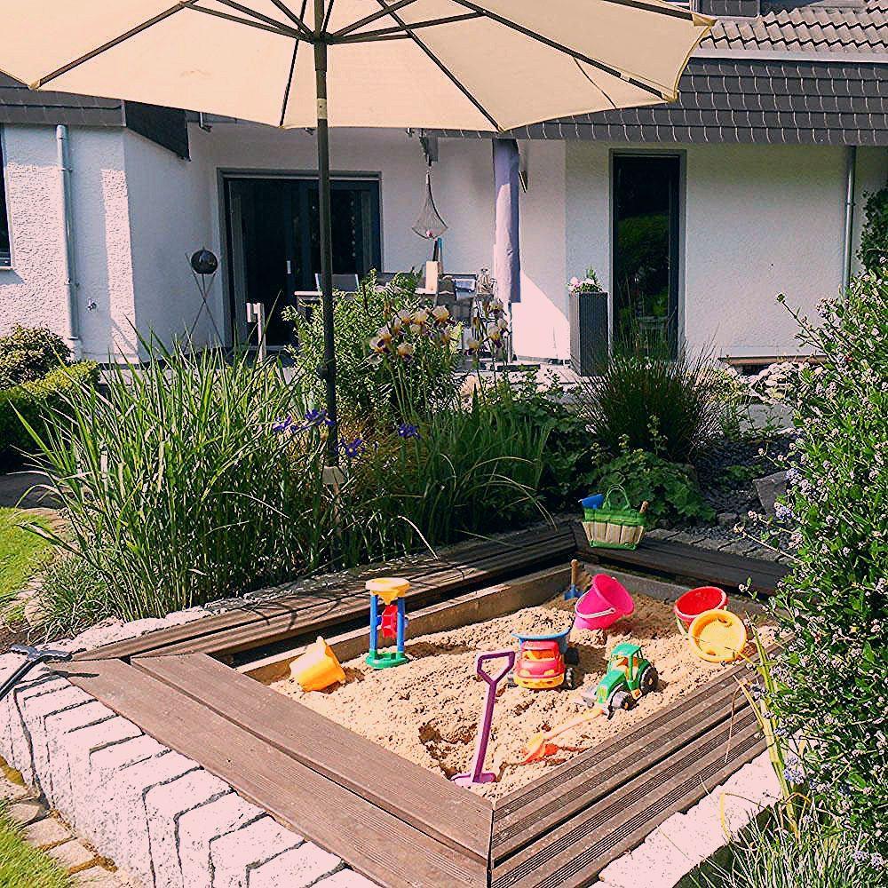Sandkasten im Garten integrieren