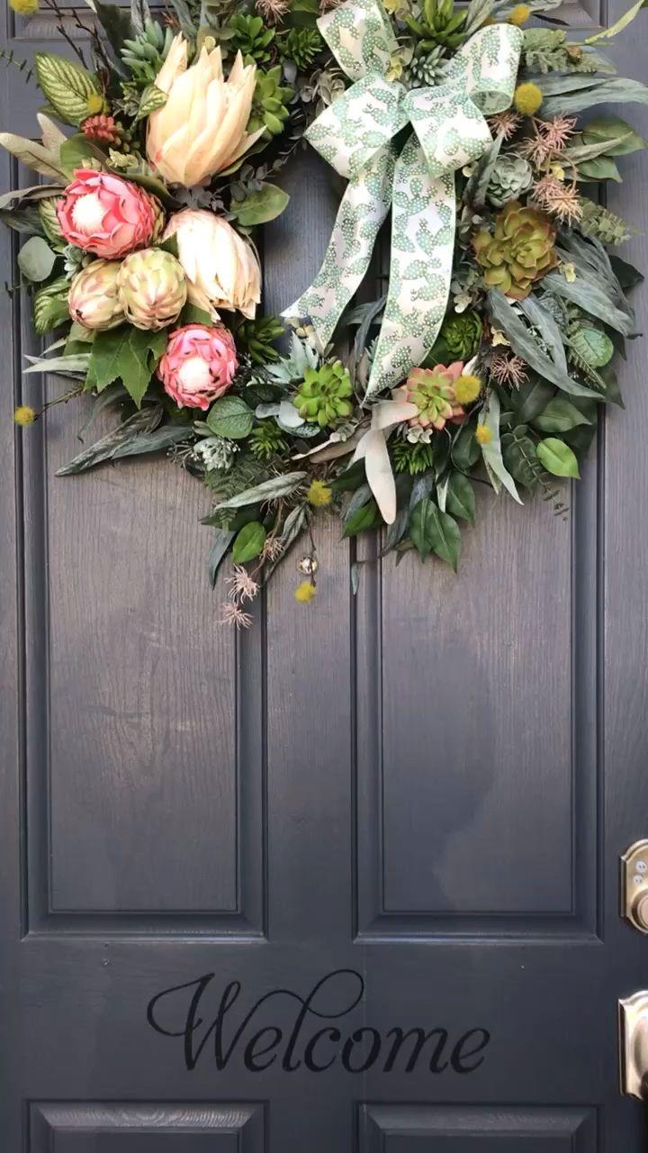 Photo of Protea wreath