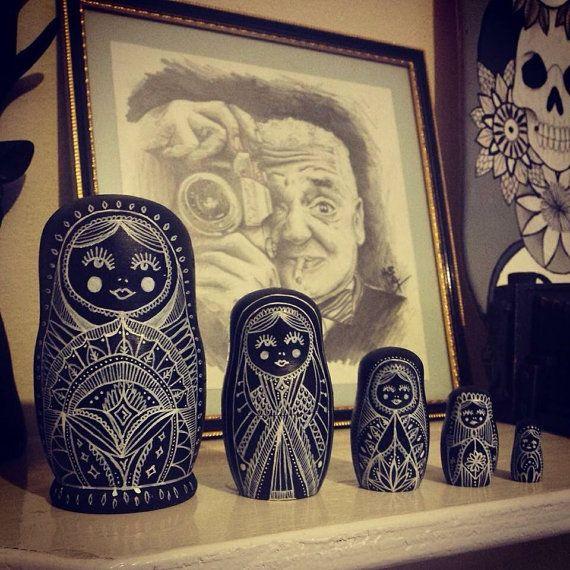 large black and white russian doll set tattoo pinterest matroschka puppen und russisch. Black Bedroom Furniture Sets. Home Design Ideas