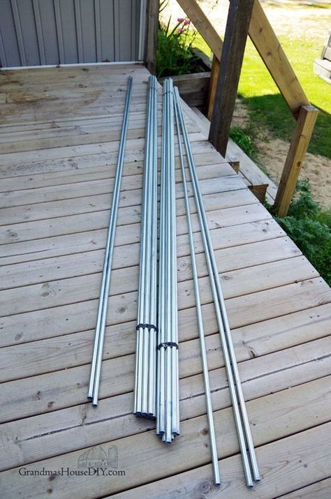 DIY Inexpensive deck rails out of steel conduit, easy to ...