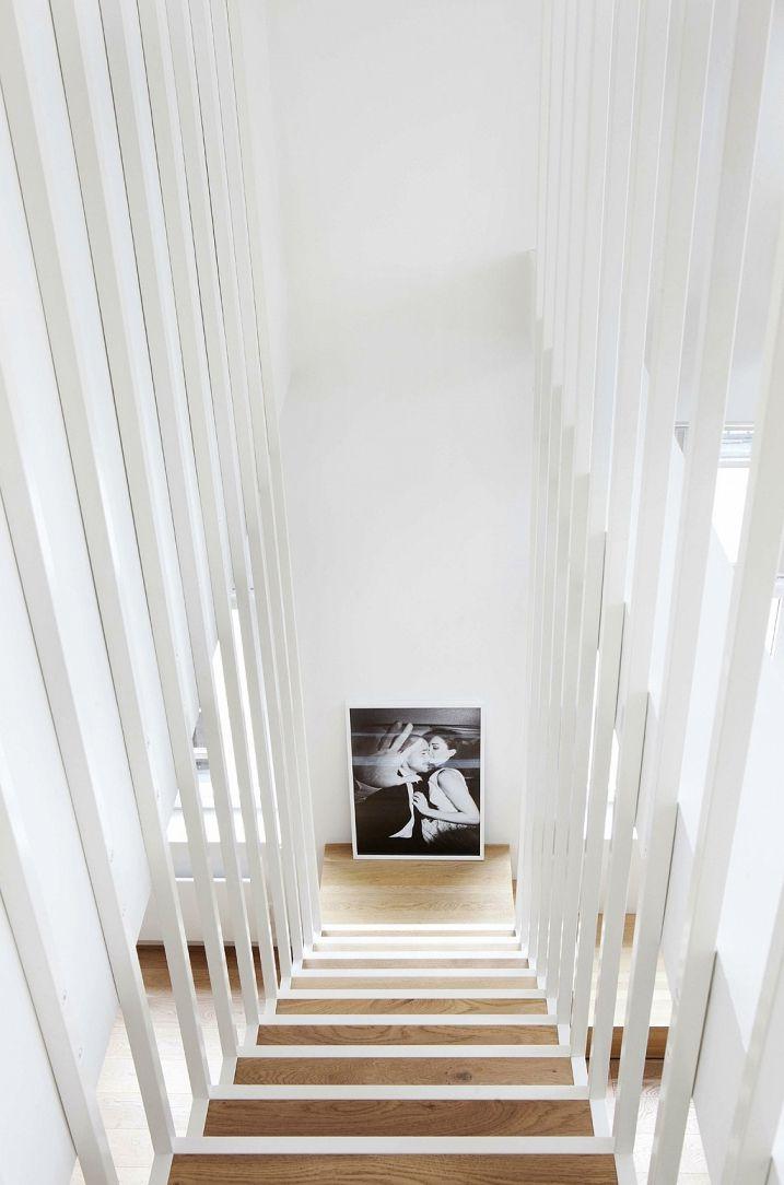 Décorer une descente d\'escalier | Cave | Staircase design, House ...