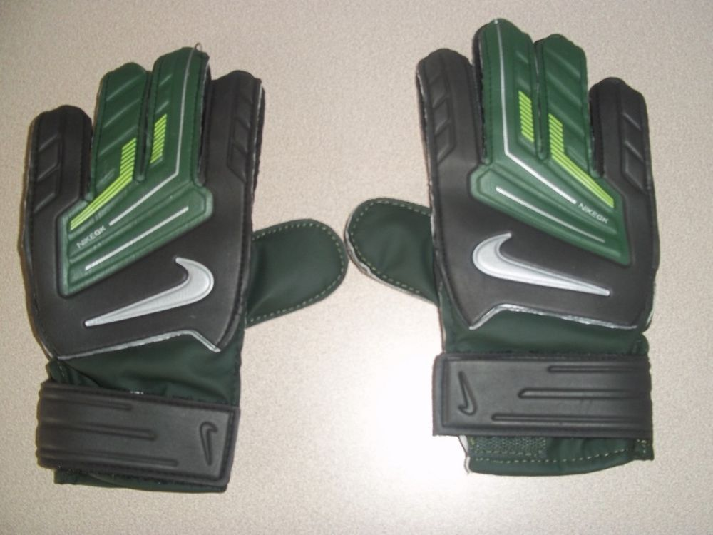Nike GK Grip 3 Goalie Soccer Black Dark Army Volt Gloves Size 10