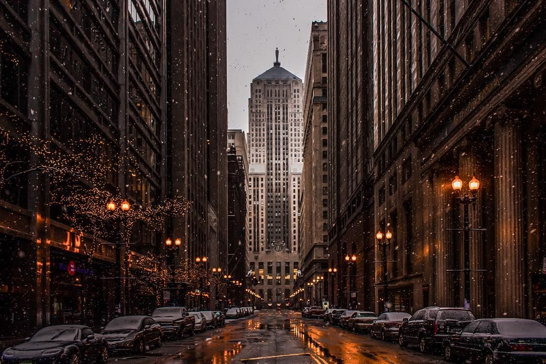 """I'm @thee1ginger and I'm #TakingOverChooseChicago's Instagram! Chicago winters looks so magical. One of my favorite views that time of year is the…"""