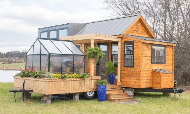 Dieses kleine Miniatur-Haus mit Wintergarten ist gerade mal 30 m² groß aber warte mal bis du es von Innen gesehen hast! #tinyhome