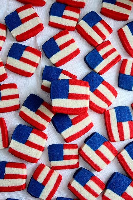 SugaryWinzy Uncle Sam Flag Cookies7 by SugaryWinzy, via Flickr