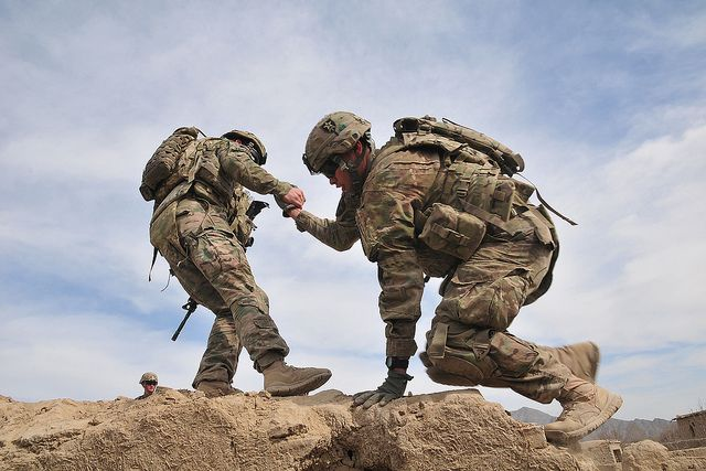 Help Your Buddy Inspirational Military Quotes Military Quotes Soldier Quotes