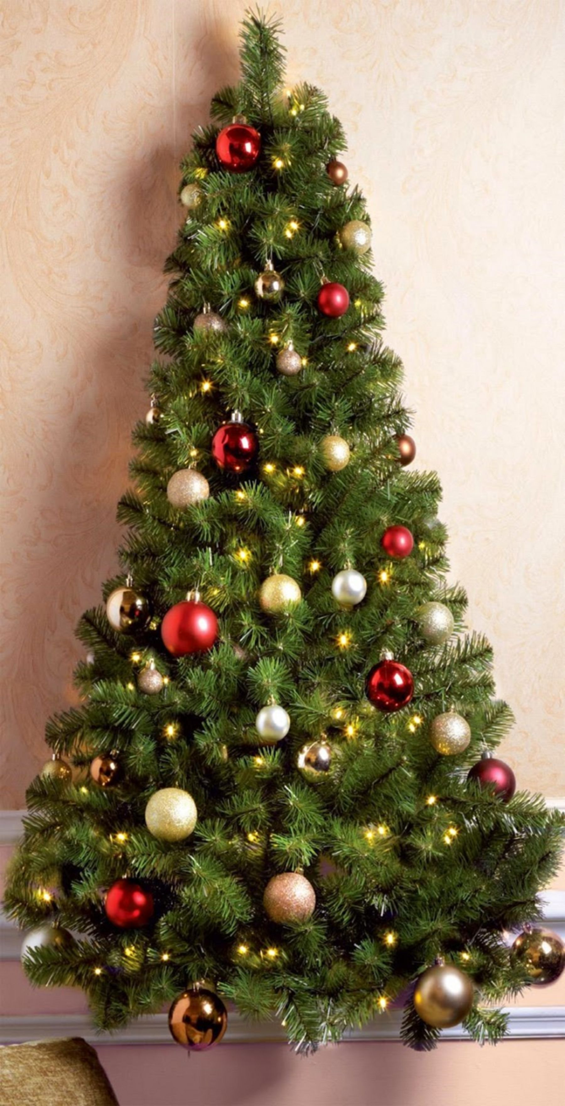 20 Amazing Christmas Decorations For Your Home Interior Wall