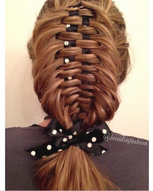 Dutch fishtail ribbon braid