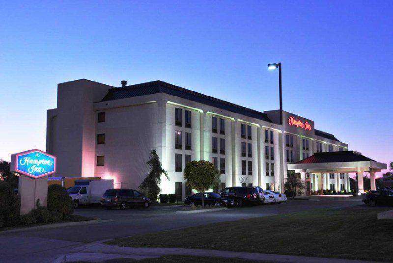 Always A Quality Award Winner In The Hampton Inn Chain You Ll Love North Platte S Hampton Inn North Platte Modern Hotel Hampton Inn