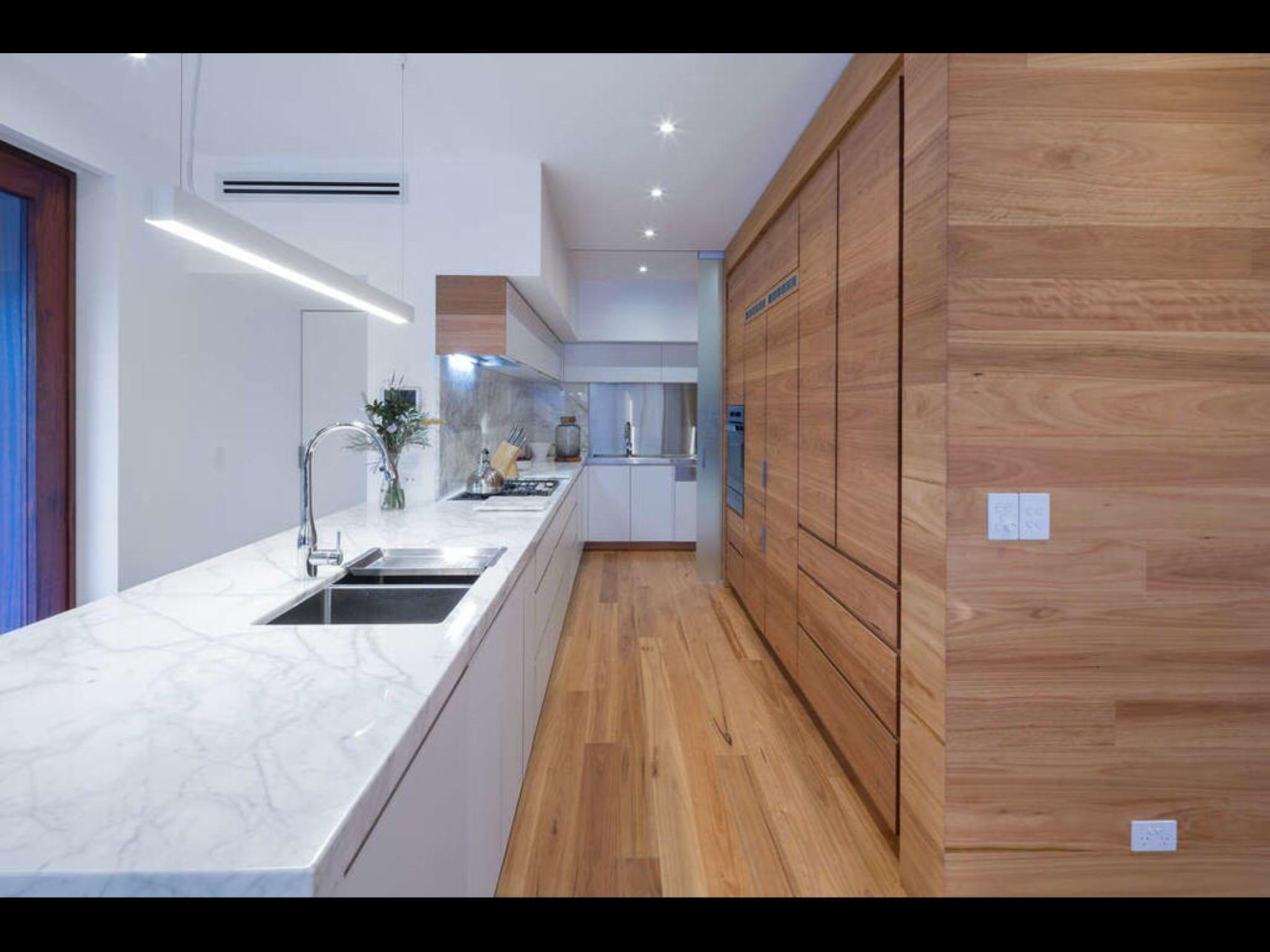 Keuken Ideeen Kleur : Witte keuken welke kleur muren l van design keukens en woonkamer