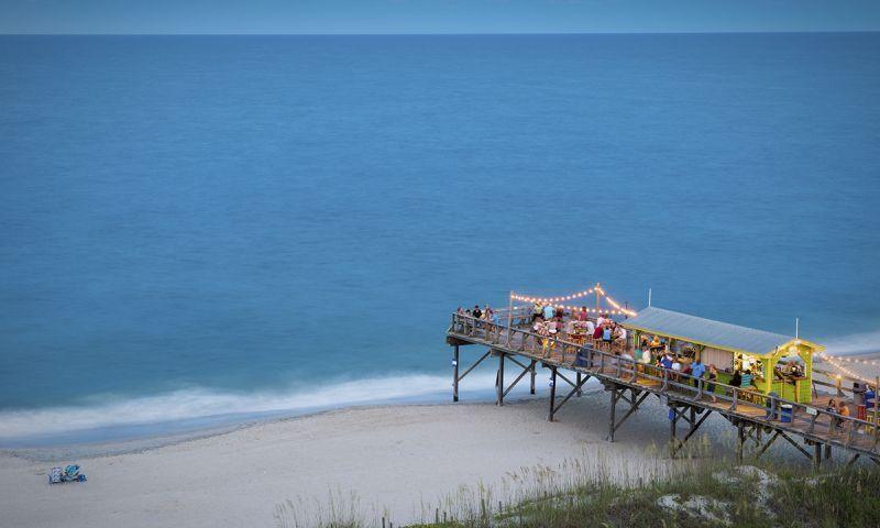 The Ocean Grill And Tiki Bar Memorial Day Weekend Getaways Spring Break Destinations Vacation Trips