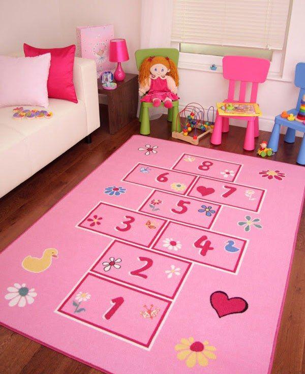 12 Favolosi tappeti nella camera dei bambini (con immagini